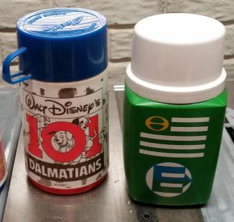 Vintage lunchbox thermos bottles (2)