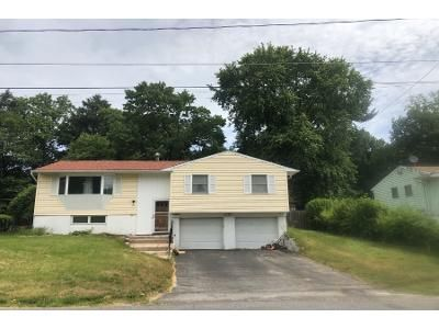 3 Bed 1 Bath Preforeclosure Property in Saugerties, NY 12477 - Appletree Dr