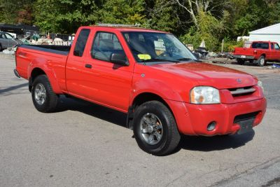 2004 Nissan Frontier XE-V6 (Aztec Red)