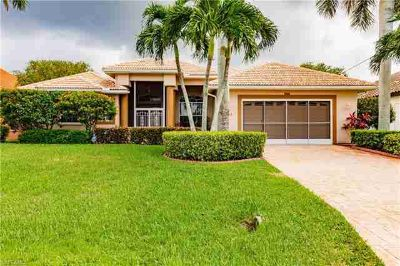 2705 SW 52nd ST Cape Coral Three BR, FANTASTIC opportunity!