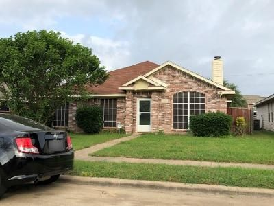 4 Bed 2.0 Bath Preforeclosure Property in Lancaster, TX 75146 - Catalina Dr
