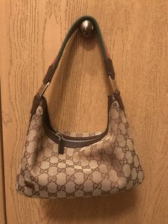 Gucci authentic purse