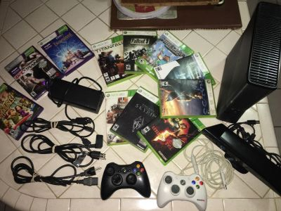 Xbox 360 with Kinect (320gb)