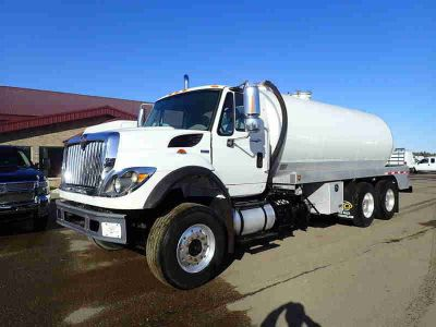 2011 International Workstar Septic Tanker
