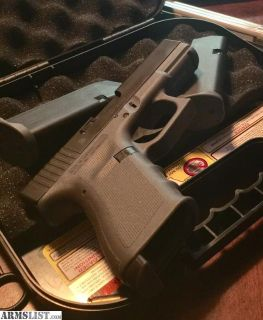For Sale: Special Edition Vickers RTF2 Glock 19