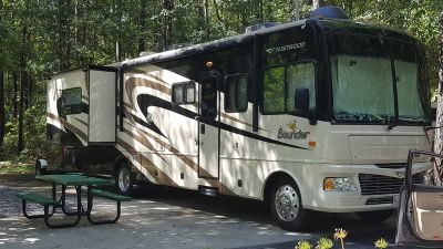 2008 Fleetwood Bounder 35E