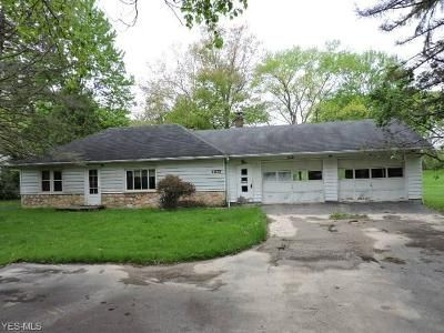 2 Bed 1 Bath Foreclosure Property in Youngstown, OH 44514 - Woodland Dr