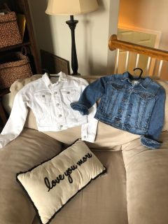 2 Old Navy Girls Size S Jean Jackets