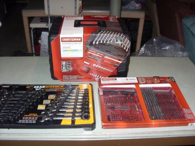 270 pc. toolset & 20 pc. gearwrench set & 300 pc. drill & drive set