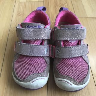 Plae shoes size 9