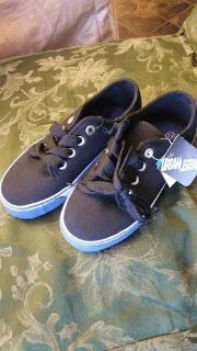New / Boys Canvas Shoes