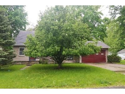 3 Bed 1 Bath Foreclosure Property in Southfield, MI 48033 - Indian St