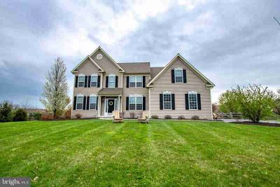 106 Rebecca Dr DOWNINGTOWN, Welcome to 106 Rebecca Drive