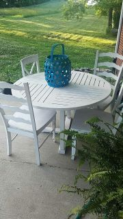 Teak style outdoor table w/4 chairs