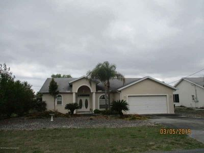 12146 Topaz Street Spring Hill, Well build Three BR Two BA