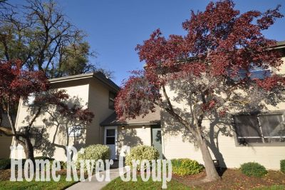 Desirable SE Boise 3 Bed/2 Bath Condo w/ Cable Included, Community Pool, Walking/Biking Paths, & So Much More!