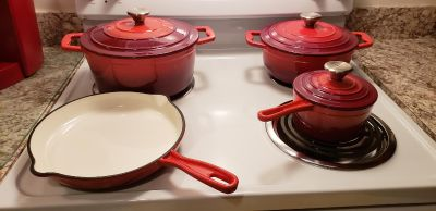 Cooks Essential Cookware