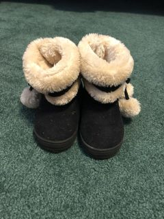Size 7 Toddler girls black boots