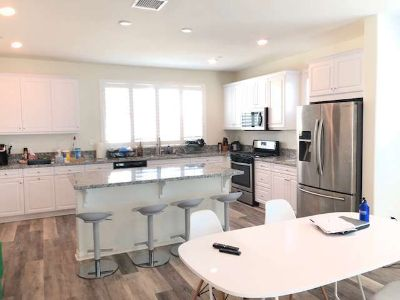 Private room in a 2124 sq ft shared new home and nice community
