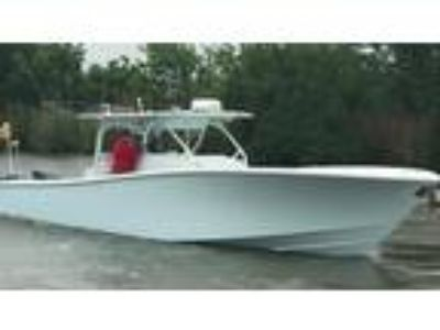 2016 Yellowfin 42 Center Console