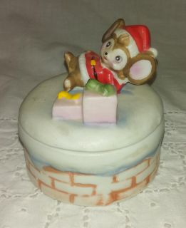 Vintage HOMCO Christmas Mouse with Gifts Trinket Box - Cute!