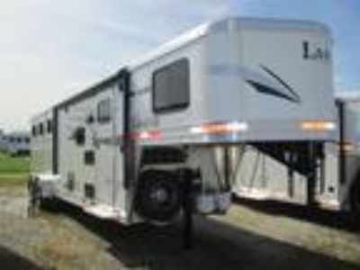 2019 Lakota Trailers Charger 9' Living Quarters 3H Slant 3 horses