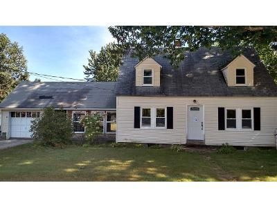 3 Bed 2 Bath Foreclosure Property in Concord, NH 03303 - Tremont St