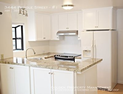 Mission Hills Townhome 3BR 2.5BA Updated Kitchen-New Paint and Bamboo Flooring Throughout-Partial View of the Bay-3 Balcony's/Patios-A/C-W/D-Garage