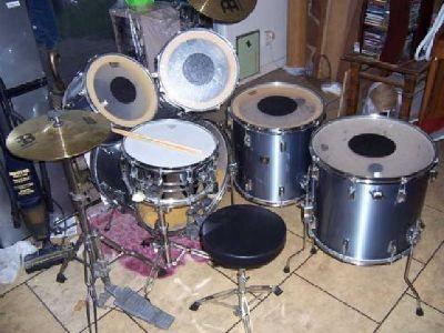 $500 Tama Drum Set