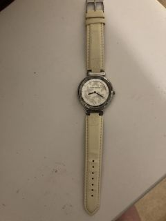 Louis Vuitton authentic women s white leather watch