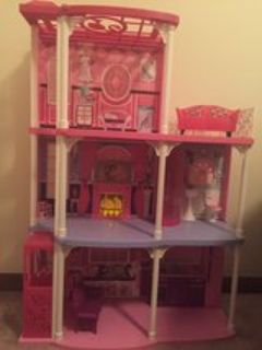 Barbie Townhouse with accessories