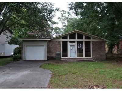 3 Bed 2 Bath Foreclosure Property in Myrtle Beach, SC 29575 - Pine Dr