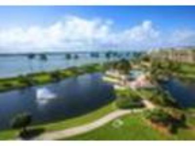 2001 SE Sailfish Point Blvd Apartment 317, Stuart, FL