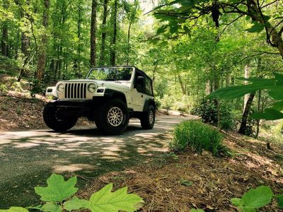 *2006 Jeep Trade ( for truck ) or Best offer! *