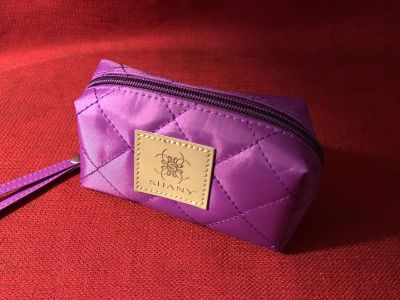 Shany Quilted 5 x3 x3 Zippered Wristlet. EUC