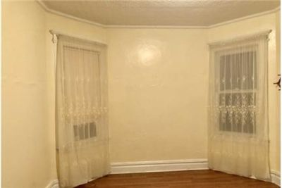 Harrison - NICE 2 BEDROOMS APARTMENT ON THE 2ND FLOOR FOR RENT, KITCHEN.