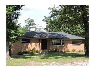 3 Bed 2 Bath Foreclosure Property in Birmingham, AL 35215 - 4th St NW