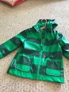Toddler boys size 18 months raincoat, ppu only