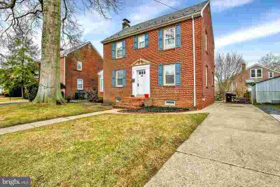 1703 Linden St Wilmington Three BR, This solid brick
