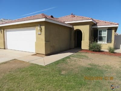 3 Bed 2 Bath Foreclosure Property in Imperial, CA 92251 - Horizonte St