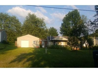 4 Bed 2 Bath Foreclosure Property in Canal Fulton, OH 44614 - Brownwood Ave NW