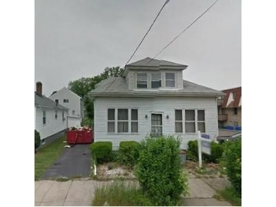 4 Bed 2 Bath Foreclosure Property in Providence, RI 02908 - Iona St