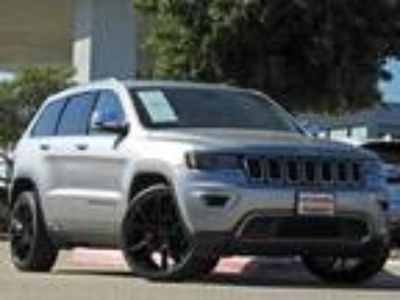 2017 Jeep Grand Cherokee Limited Navigation, Leather, Panoramic Sunroof