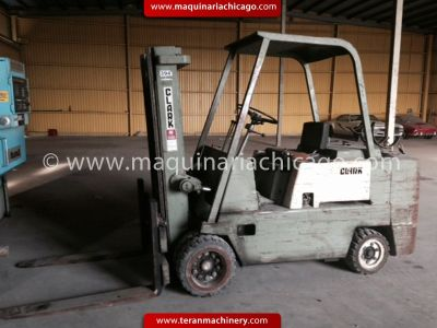 CLARK Forklift 12,000 Lbs used
