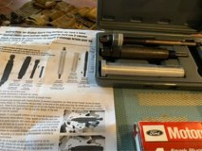 Spark plugs and broken tool set for F150
