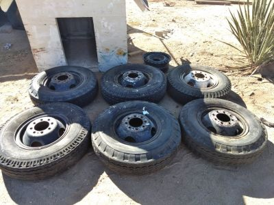 Full set of Six 8 lug Split Rim Wheels with 7.50 16 LT used tires