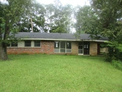3 Bed 2 Bath Foreclosure Property in Montgomery, AL 36111 - Wesley Dr