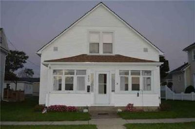 440 N Miami Bradford, this home features 3 nice sized