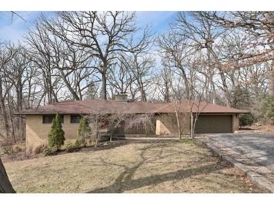 3 Bed 2 Bath Foreclosure Property in La Grange, IL 60525 - Blackhawk Trl