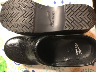 Like New Black Dansko Shoes